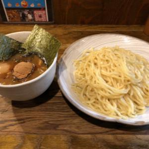 【新宿一の行列】ができる鶏白湯つけ麺の大人気店「風雲児」