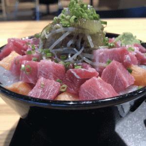 函館空港「HAKOYA」ボリュームたっぷり!中トロ入り海鮮丼が旨い!値段もリーゾナブル