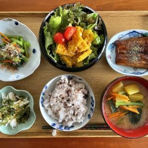 お休みの日のおうち定食と「嶽きみ」