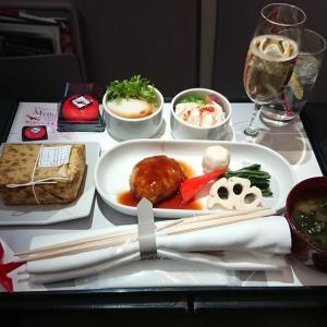 JAL JL332 福岡 – 羽田 ファーストクラス機内食 01SEP19