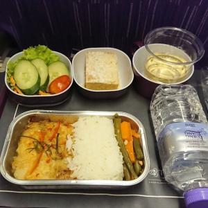 タイ航空 TG418 クアラルンプール – バンコク エコノミークラス機内食 04OCT19