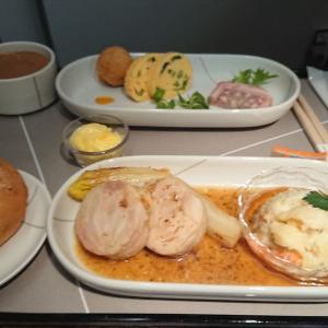 JAL JL524 札幌  – 羽田 ファーストクラス機内食 01JAN20