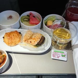 JAL JL305 羽田 ~ 福岡 ファーストクラス機内食  20JUL20