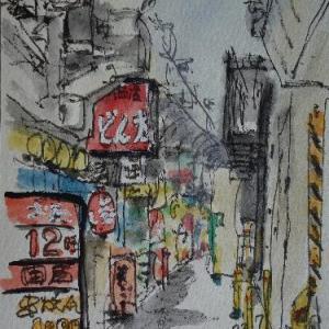 兵庫神戸・三ノ宮高架下の狭い通路