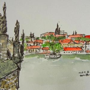 プラハ・カレル橋とプラハ城を