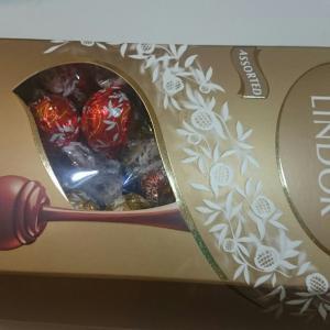 コストコのリンドール!コストコのリンドール詰め合わせBOXには何個チョコが入っているのか?2019年10月調査【リンツリンドールアソート】