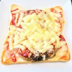 バルミューダ・ザ・トースターを使って、チーズハンバーグトースト♪