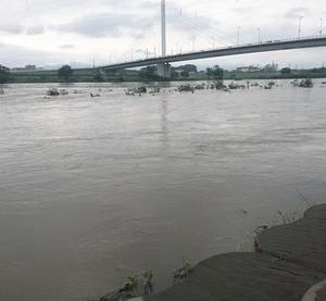 記録的大雨で相模川が水嵩が増している・・ 2021年7月