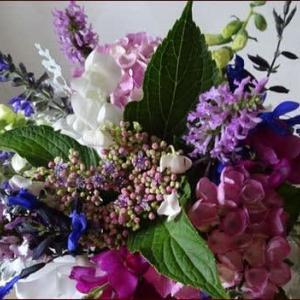 庭のお花を正ちゃんに