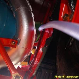 R-2君、エンジンルーム雨樋排水ドレンのルートをどうしよう