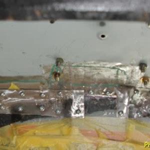 R-2君、トランク床鉄板と室内床接続部を覆うパッチ鉄板作成1日目
