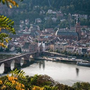 ドイツ │ 最古の大学は600年クラス