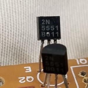絶縁抵抗計の電池昇圧改造