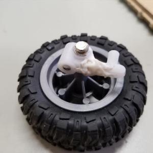 トイRCカー・ステアリング車軸折れ修理