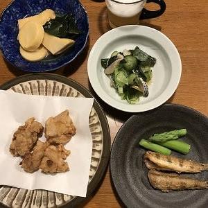 鶏から揚げ、ハゼから揚げ、タケノコ煮物、コノシロ酢の物