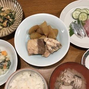 冬の魚いろいろ買って夕食。