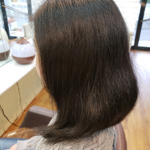 この時期、特にクセ毛のショート増えています。