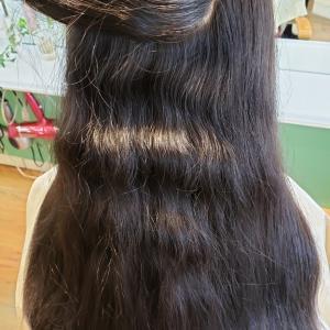 ロングスタイル、しっとりサラサラ!!電子縮毛矯正。