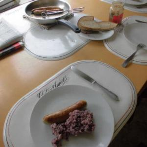 夏場の食事は質素になりがち