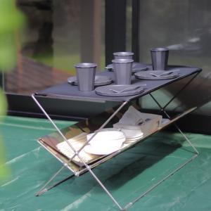清水買いした折り畳みテーブルがやっぱり最高♪ 収納棚スペースが便利でした~!!