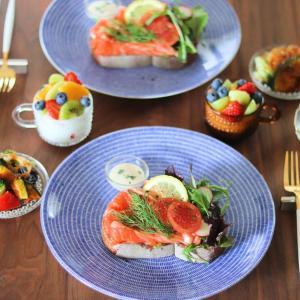 家宝級の北欧食器たちで大好きなオープンサンド & 期間限定で半額グルメ、ゲットーー!