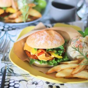セリアのカフェ風アイテムで、自宅でもテンション上げ上げなランチヾ(*´∀`*)ノ 夏休みの昼食にも^^