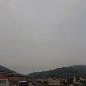 曇天のスタートですが、すでに暑いです。