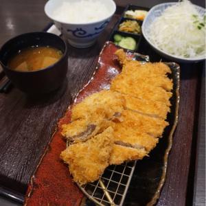 『とんかつ 濵かつ北九州本城店』ロースとヒレカツ膳にカキフライを付けて!
