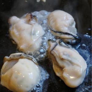 『どんどん亭 穴生店』せっかくなので、牡蠣をトッピング!