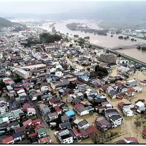 「「災害対策本部」への切り替えは「千曲川氾濫発生情報」発表の5時間後の13日0時30分