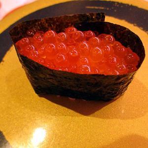 【はま寿司&梅のおにぎり&冷カレー&リンゴ&素納豆&ちくわきゅうり 10月17日(木)】