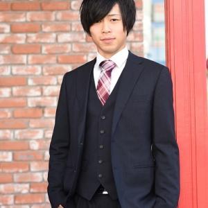 11/4 スーツと紋服で二十歳記念