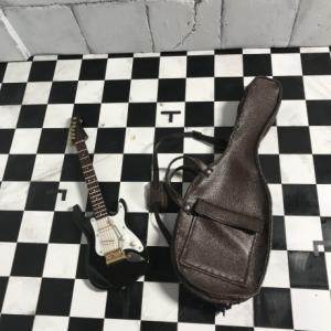 ギターケース作っちゃいました。