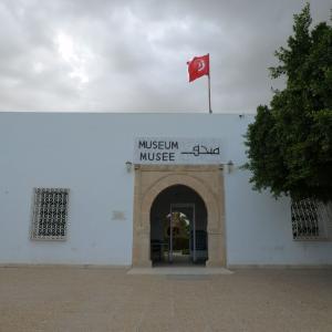 チュニジア旅行 その17 エルジェムの博物館と大雨。