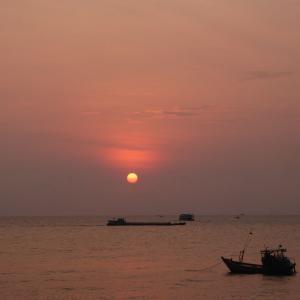 週末ベトナム・フーコック島 その16 フーコック島の夕日。