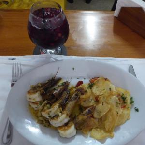中米3か国旅行 その43 パナマシティの人気スペイン料理レストラン。