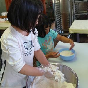 パン作り体験(^ー^)