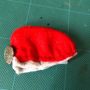 10話目:フェルトを切って縫うだけ!簡単なベレー帽風の帽子