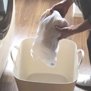 今期活躍したセーターの手洗い。洋服の手放しの見直し。