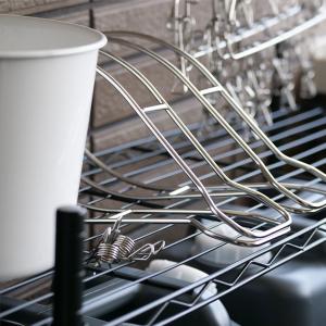 毎日の洗濯を楽しむために、ベランダ収納を整える。