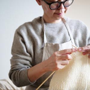 【暮らしを愉しむ】編み物 ここまで編みました。