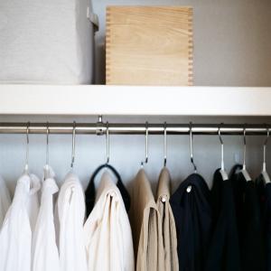 【クローゼット収納】テーマを決めると服も収納がまとまりが出る。