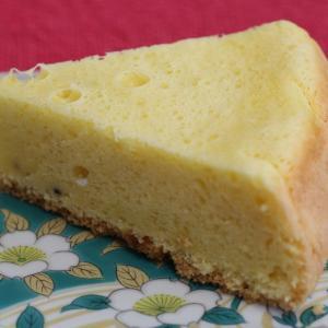 チーズ蒸しパン風ケーキ スポンジケーキをアレンジ