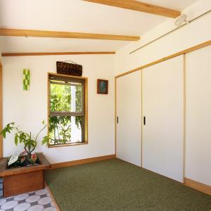 自宅が着物のギャラリーに。日本の伝統技法をつなぐ作家の「家開き」したお宅