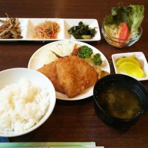 『おじゅん』のアジフライ定食