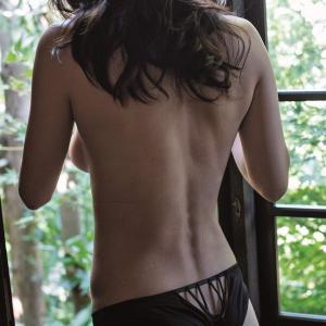 長谷川京子 写真集でTバック姿披露も垂れ尻がヤバいwwwwwwwwwww