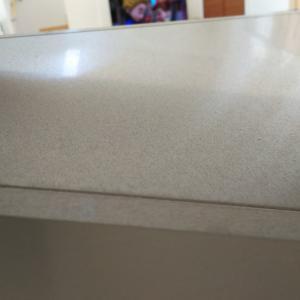 換気扇上とキッチン横壁の大掃除