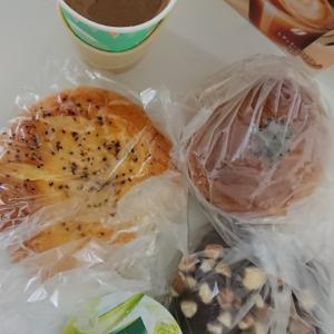 菓子パン食べ納め
