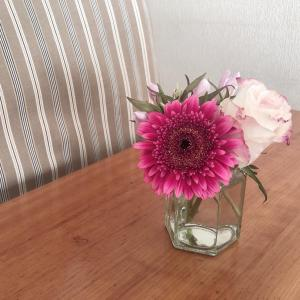 お花はなるべく長く楽しみたい!アレンジメントをちょっと手直し