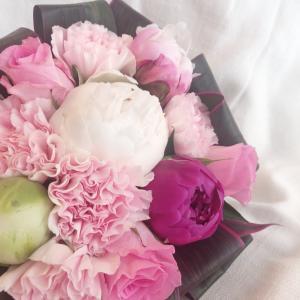 送料無料は4月30日まで!母の日に贈りたい「色や香り、手触りに癒されるフレッシュブーケ♪」